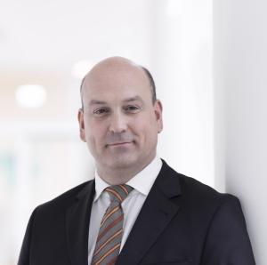 Dr. Florian Wenzel-Hazelzet